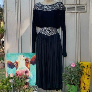 Stunning Vintage Skirt Set